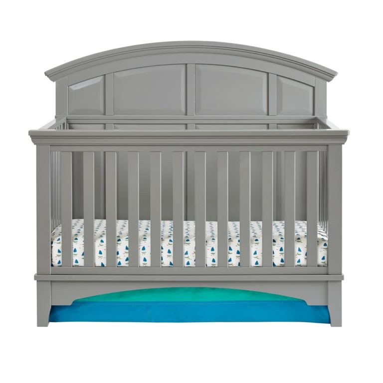 Brooklyn 4-in-1 Convertible Crib